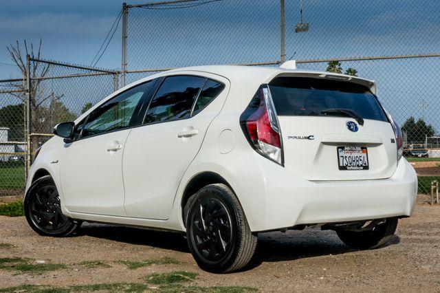 2015 Toyota Prius c Two Reseda, CA 6