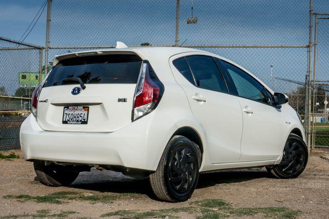 2015 Toyota Prius c Two Reseda, CA 9