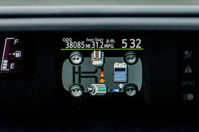 2015 Toyota Prius c Two Reseda, CA 16
