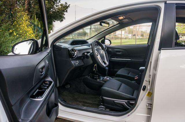 2015 Toyota Prius c Two Reseda, CA 12