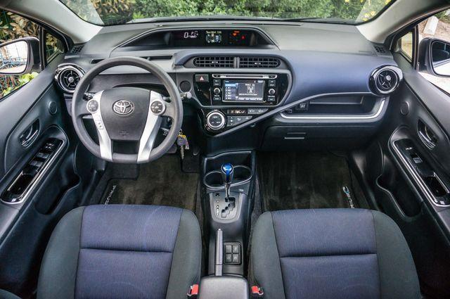 2015 Toyota Prius c Two Reseda, CA 18