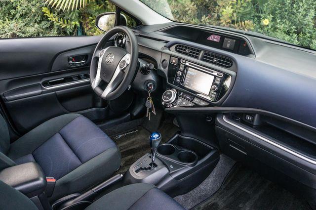2015 Toyota Prius c Two Reseda, CA 33