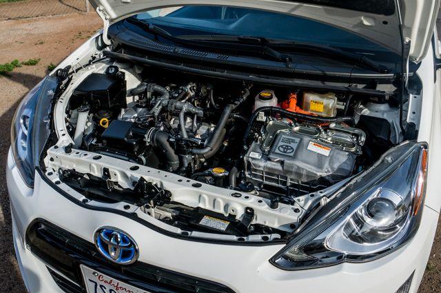 2015 Toyota Prius c Two Reseda, CA 36