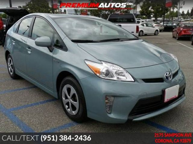 2015 Toyota Prius Two - ONLY 19K MILES - REAR CAM - WARRANTY | Corona, CA | Premium Autos Inc. in Corona CA
