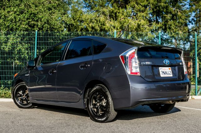 2015 Toyota Prius Two Reseda, CA 6