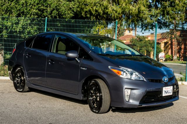 2015 Toyota Prius Two Reseda, CA 12