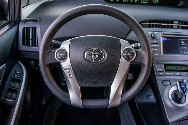 2015 Toyota Prius Two Reseda, CA 21