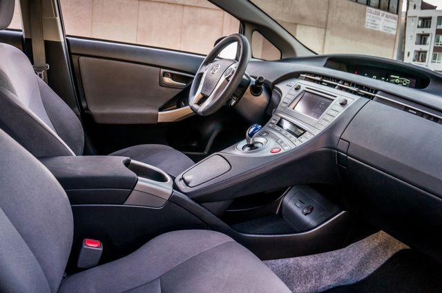 2015 Toyota Prius Two Reseda, CA 37