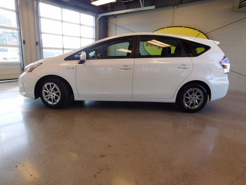 2015 Toyota Prius v Two  city TN  Doug Justus Auto Center Inc  in Airport Motor Mile ( Metro Knoxville ), TN