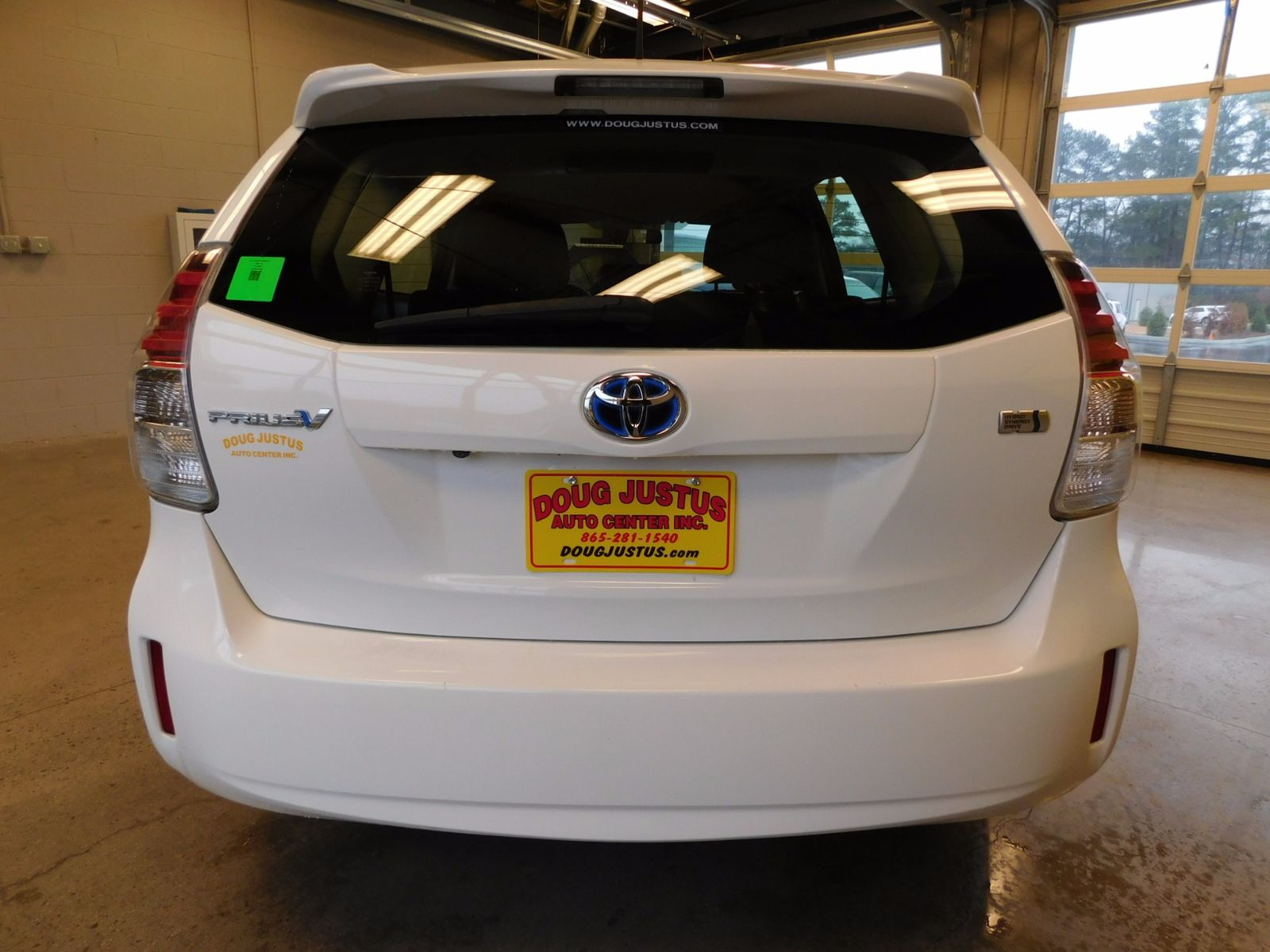 2015 toyota prius v two city tn doug justus auto center inc for City motors knoxville tn