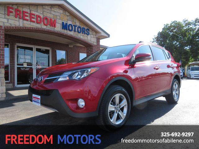 2015 Toyota RAV4 XLE | Abilene, Texas | Freedom Motors  in Abilene Texas
