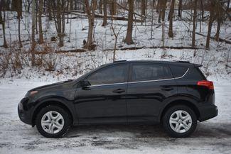 2015 Toyota RAV4 LE Naugatuck, Connecticut 1