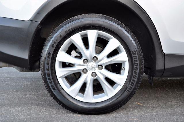 2015 Toyota RAV4 Limited Reseda, CA 27
