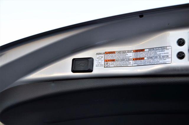 2015 Toyota RAV4 Limited Reseda, CA 29