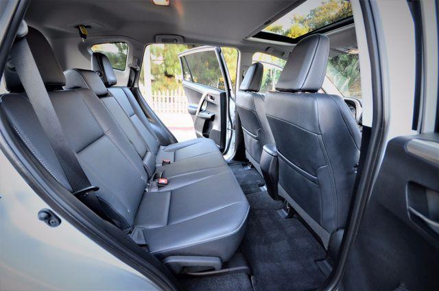 2015 Toyota RAV4 Limited Reseda, CA 33