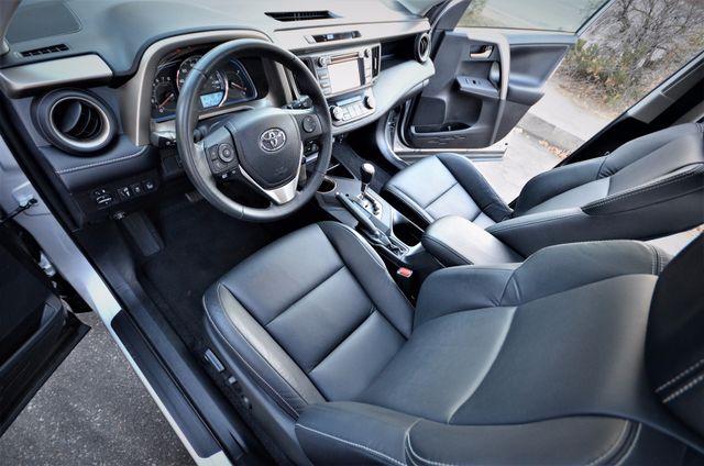 2015 Toyota RAV4 Limited Reseda, CA 4
