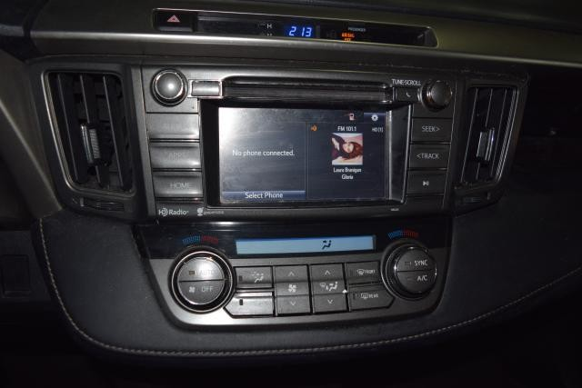 2015 Toyota RAV4 XLE Richmond Hill, New York 12