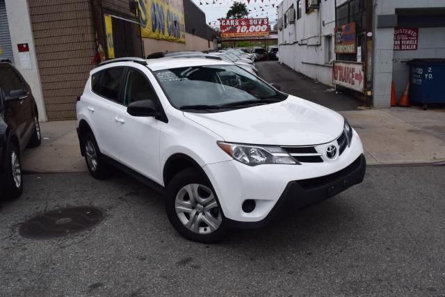 2015 Toyota RAV4 LE Richmond Hill, New York 1