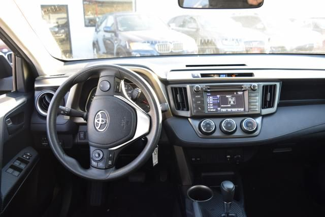 2015 Toyota RAV4 LE Richmond Hill, New York 8