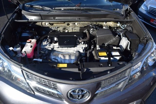 2015 Toyota RAV4 LE Richmond Hill, New York 4