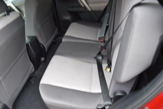 2015 Toyota RAV4 LE Richmond Hill, New York 15