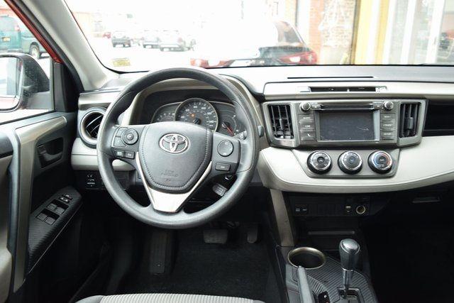 2015 Toyota RAV4 LE Richmond Hill, New York 16