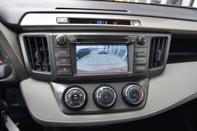 2015 Toyota RAV4 LE Richmond Hill, New York 27