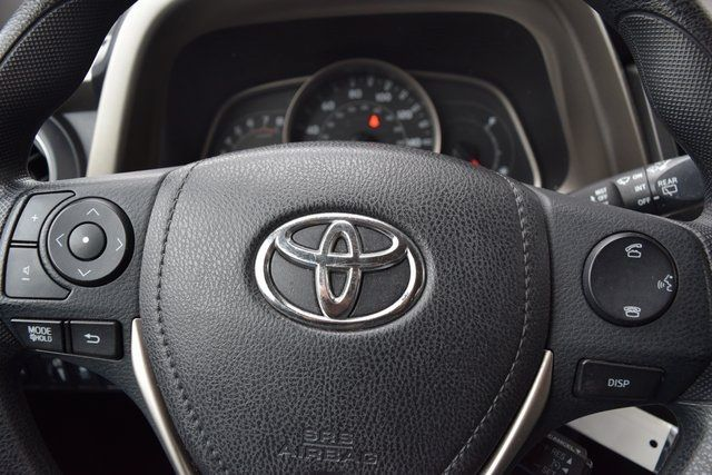 2015 Toyota RAV4 LE Richmond Hill, New York 32