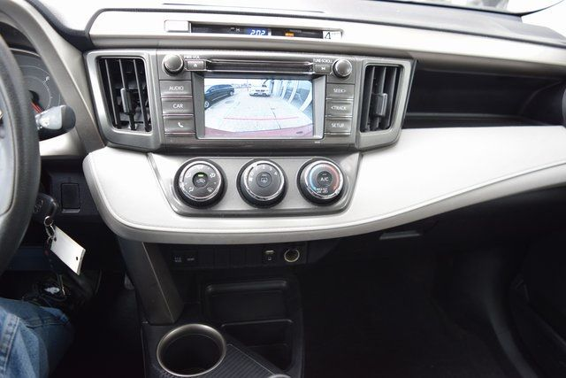 2015 Toyota RAV4 LE Richmond Hill, New York 33