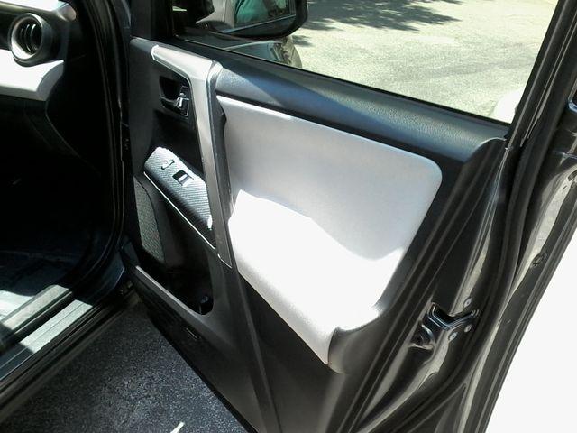 2015 Toyota RAV4 XLE San Antonio, Texas 13