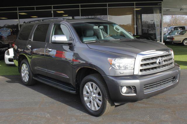 2015 Toyota Sequoia Platinum 4WD - NAV - REAR DVD - SUNROOF! Mooresville , NC 26