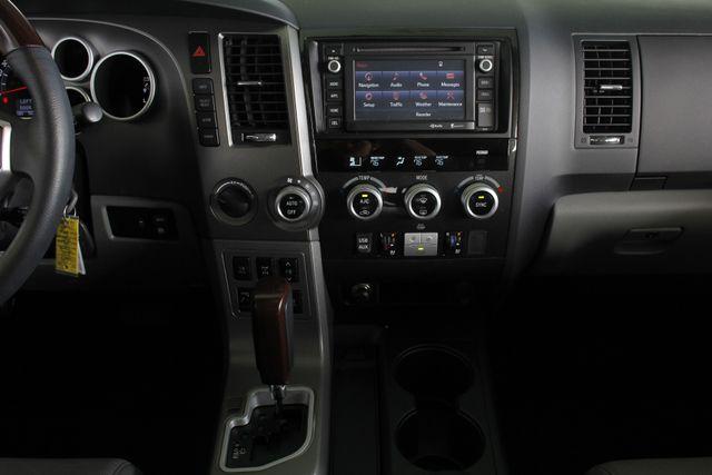 2015 Toyota Sequoia Platinum 4WD - NAV - REAR DVD - SUNROOF! Mooresville , NC 12