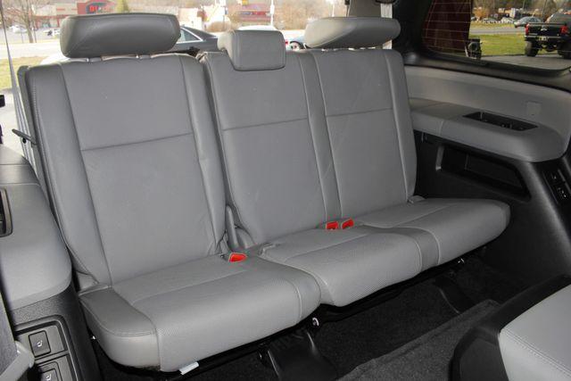 2015 Toyota Sequoia Platinum 4WD - NAV - REAR DVD - SUNROOF! Mooresville , NC 46