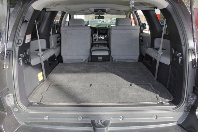 2015 Toyota Sequoia Platinum 4WD - NAV - REAR DVD - SUNROOF! Mooresville , NC 16