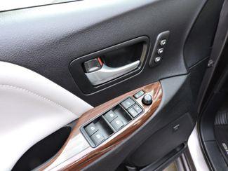 2015 Toyota Sienna LTD AWD Bend, Oregon 11