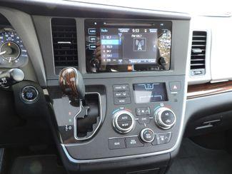 2015 Toyota Sienna LTD AWD Bend, Oregon 13
