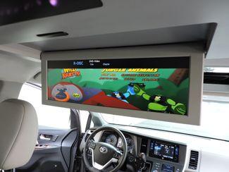 2015 Toyota Sienna LTD AWD Bend, Oregon 18