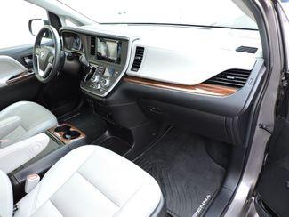 2015 Toyota Sienna LTD AWD Bend, Oregon 6