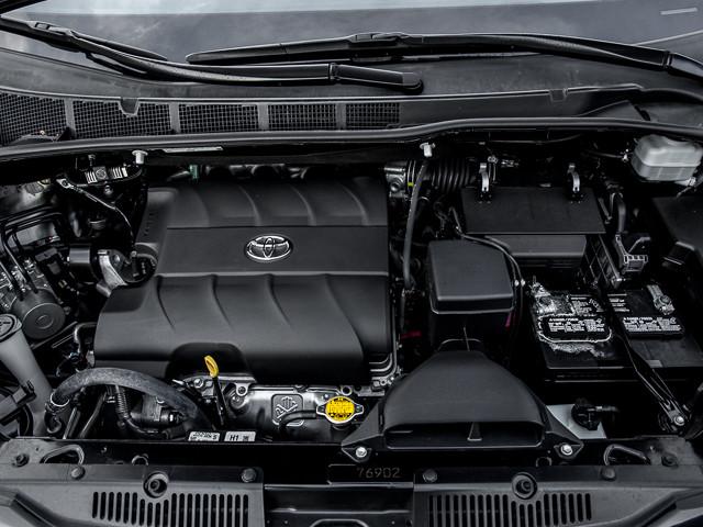 2015 Toyota Sienna LE AAS Burbank, CA 10