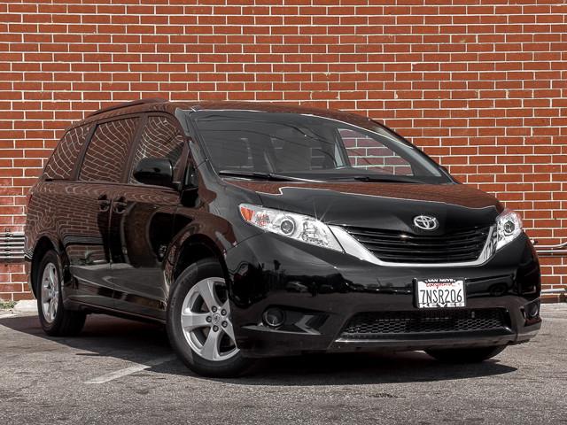 2015 Toyota Sienna LE AAS Burbank, CA 2