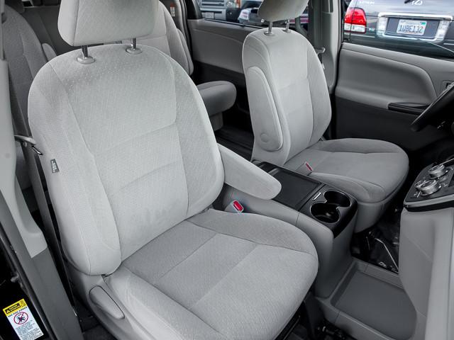 2015 Toyota Sienna LE AAS Burbank, CA 20