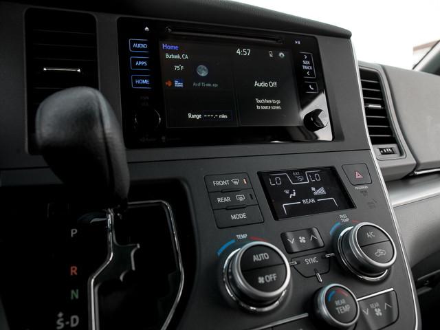 2015 Toyota Sienna LE AAS Burbank, CA 27