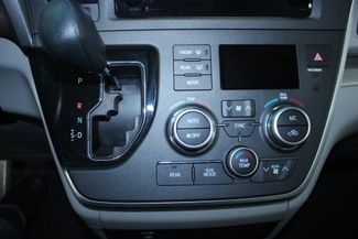2015 Toyota Sienna LE Kensington, Maryland 57