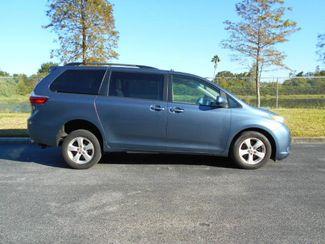 2015 Toyota Sienna Le Handicap Van Pinellas Park, Florida 1
