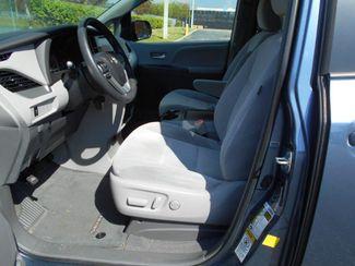 2015 Toyota Sienna Le Handicap Van Pinellas Park, Florida 6