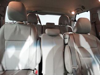 2015 Toyota Sienna XLE Little Rock, Arkansas 12