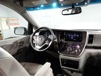 2015 Toyota Sienna XLE Little Rock, Arkansas 8