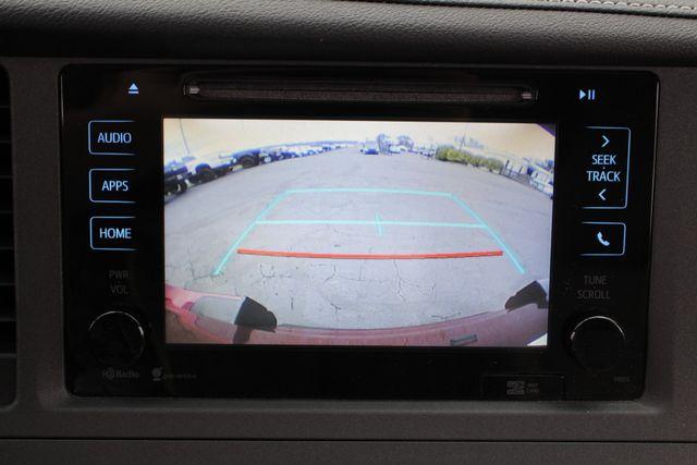 2015 Toyota Sienna XLE FWD - BRAUNABILITY HANDICAP/HANDICAPPED! Mooresville , NC 39