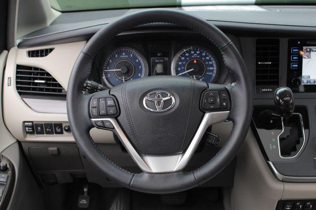 2015 Toyota Sienna XLE FWD - BRAUNABILITY HANDICAP/HANDICAPPED! Mooresville , NC 8