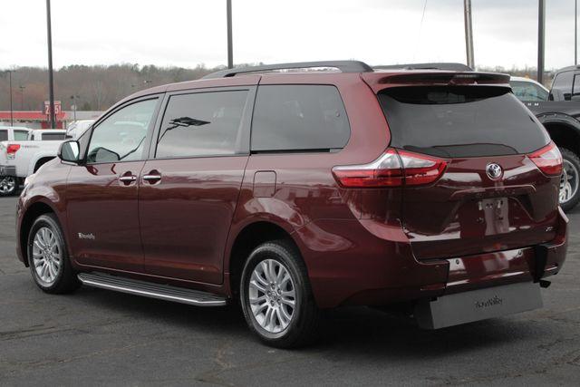 2015 Toyota Sienna XLE FWD - BRAUNABILITY HANDICAP/HANDICAPPED! Mooresville , NC 29